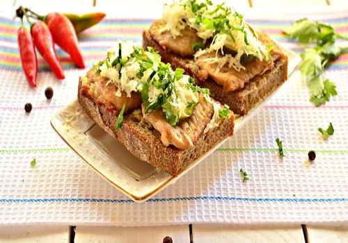 Горячие бутерброды со свининой