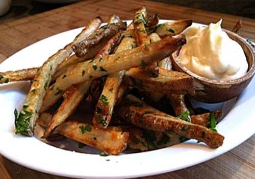 Жареная картошка «по-македонски»