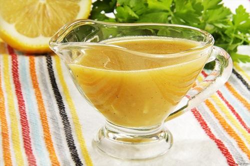 Кисло-сладкий соус с медом и лимонами