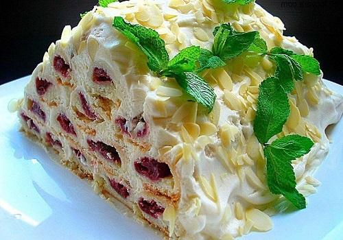 Торт монастырская изба с вишней со сметанным кремом