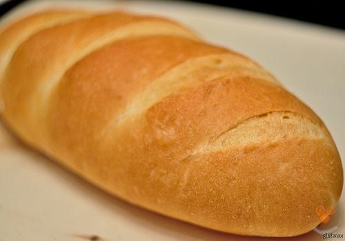 Хлеб в виде батона