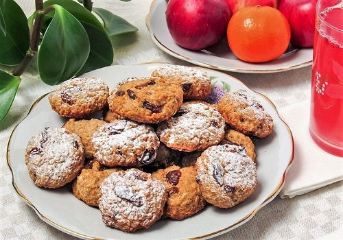 Овсяное печенье с сухофруктами на кефире