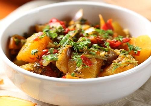 Овощное рагу с картошкой кабачками и капустой