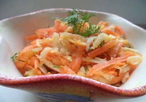Салат из моркови с яблоком и чёрной редькой