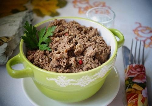 Домашний паштет из говяжьего фарша и куриной печени