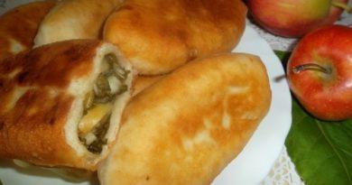 Пирожки со щавелем дрожевые на сковороде пошаговый рецепт