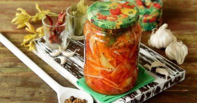 Закуска из овощей с острым маринадом на зиму