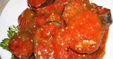 Баклажаны в томатном соке с чесноком на зиму