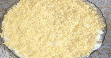 Салат «Флоренция» с ветчиной, сыром и морковью по-корейски слоями