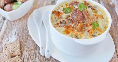 Грибной суп с фрикадельками и фасолью