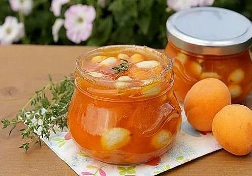 Вкусное варенье из абрикосов с ядрышками