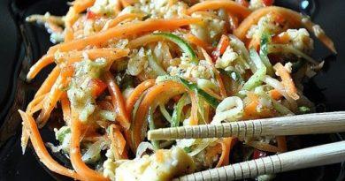 Хе из судака по-корейски с морковью