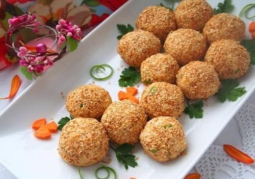 Салатные шарики «Мимоза»
